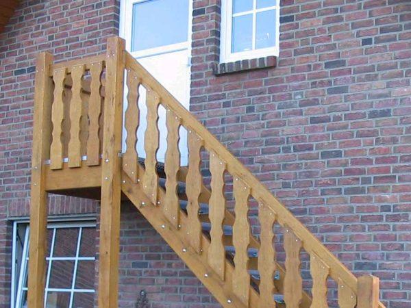 Außentreppen aus Holz