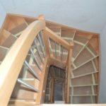 übereinander liegende Treppen aus Kernbuche